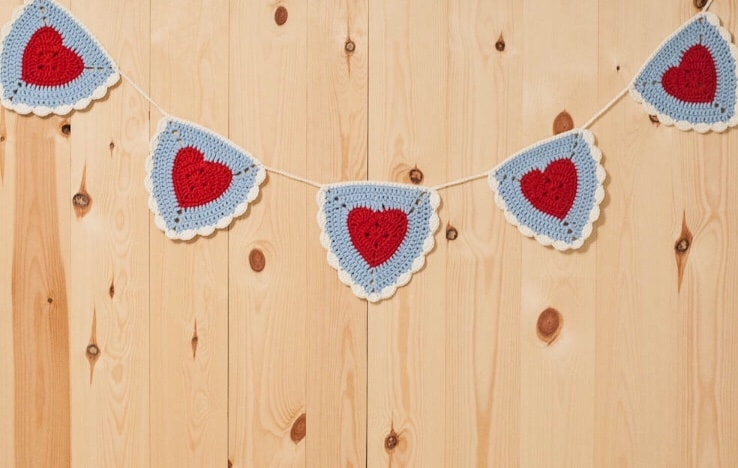 Crochet Garland Pattern
