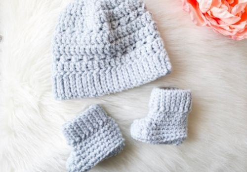 Newborn Baby Hat Crochet Pattern