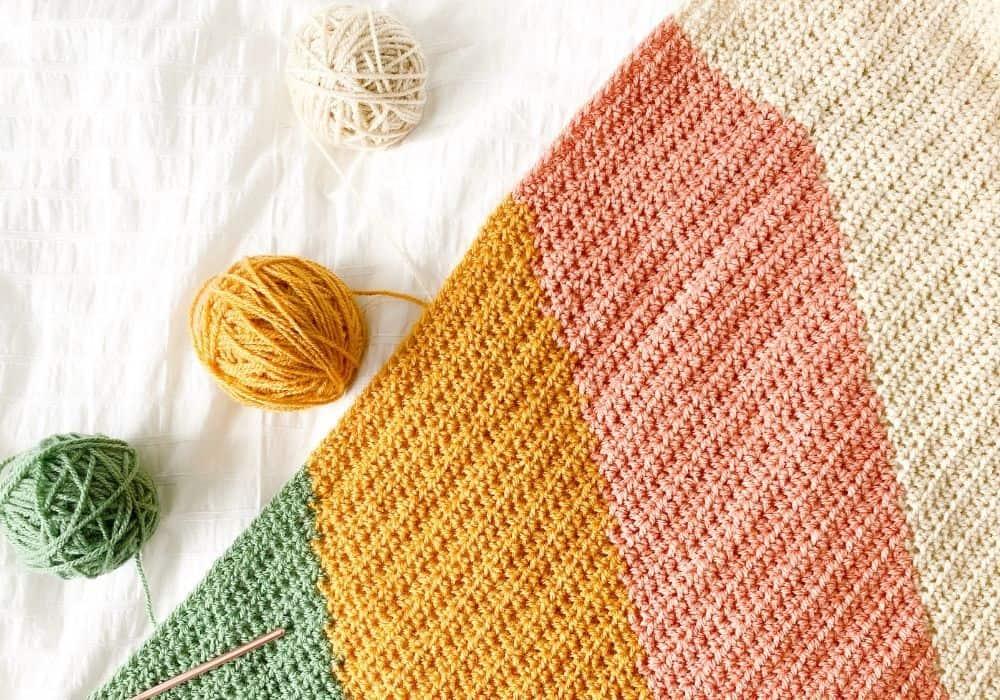 Free Rainbow Blanket Crochet Pattern